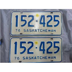 SET OF LICENSE PLATES (SASK) *1976*