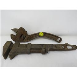 """LOT OF 2 ADJUSTABLE WRENCHES (ADJUSTABLE S 10"""", PIPE WRENCH) *MADE IN CANADA*"""