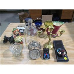 LARGE LOT OF HOUSEHOLD ITEMS (GLASS JUG, CUP HOLDERS, CANDLEHOLDERS, ETC…)