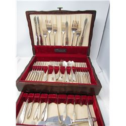 75 PIECE CUTLERY SET (SILVER PLATED IN WOODEN BOX) *BRAND NAME-COMMUNITY*