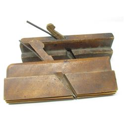 LOT OF 2 MOULDING PLANES (NO VISIBLE BRAND)