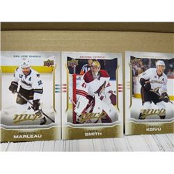 LOT OF HOCKEY CARDS (2014/15, UD MVP)