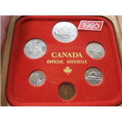 1980 CANADIAN MINT COIN SET  (WOODEN CASE)