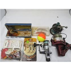 LOT OF FISHING ITEMS AND REELS (VINTAGE)