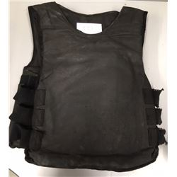 IRISH POLICE LEVEL 4 VEST, DESIGNED TO STOP RIFLES UP TO 308 WINCHESTER.