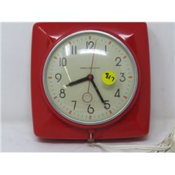 ELECTRIC CLOCK (RETRO) *GENERAL ELECTRIC* (MADE IN CANADA)