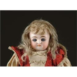 "15 1/2"" CLOSE MOUTH SHOULDER HEAD DOLL"