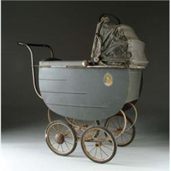 FANCY SHIRLEY TEMPLE STROLLER WITH CANOPY