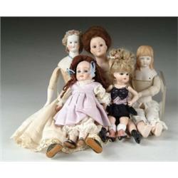 LOT OF FIVE DOLLS