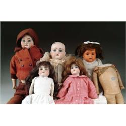 LOT OF FIVE DOLLS AND ONE DOLL BODY