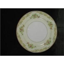 SIXTY PLUS PIECE SERVICE OF NORITAKE BONE CHINA IN THE OBERAN PATTERN INCLUDING EIGHT 10-INCH DINNER
