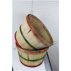 LOT OF 2 ROUND APPLE BASKETS