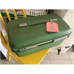 VINTAGE SAMSONITE SMALL TRAVEL CASE (WITH WESTERN AIRLINES TAG)