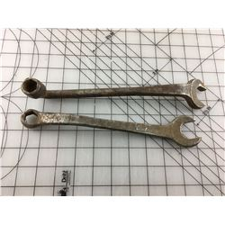 LOT OF 2 WRENCHES (FORD)