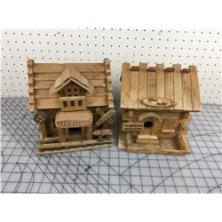 LOT OF 2 BIRD HOUSES