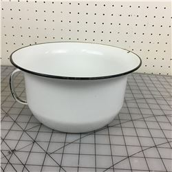 CHAMBER POT (WHITE ENAMEL)
