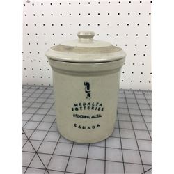 1/4 GALLON CROCK WITH LID (MEDALTA)