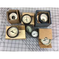 LOT OF GAUGES (SOME NEW IN BOX, WESTON ETC...) *VINTAGE*