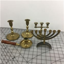 BRASS LOT  (CANDLE HOLDERS) *VINTAGE*