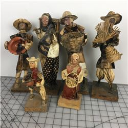 LOT OF PAPER  FIGURINES (VINTAGE)