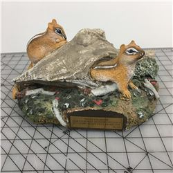 DUCKS UNLIMITED SQUIRREL SCULPTURE (ERNA REDDEKOPP) *194 OF 1000 *