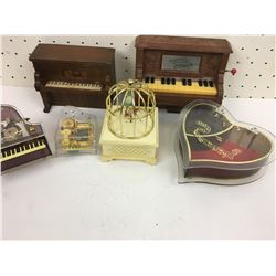 LOT OF TRINKET & MUSIC BOXES