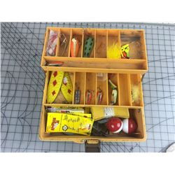 OLD PAL TACKLE BOX & CONTENTS *VINTAGE*