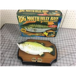 BIG MOUTH BILLY BASS SINGING FISH W/BOX
