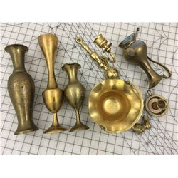 LOT OF VINTAGE BRASS