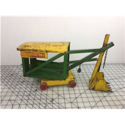 MINNITOYS CANADA MADE 1950S STEAM SHOVEL TOY (BY OTACO LIMITED)
