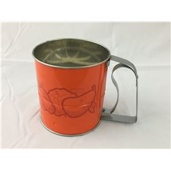 VINTAGE AND ROCK FLOUR SIFTER