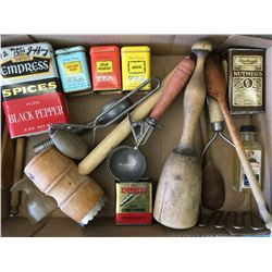 LOT OF 'VINTAGE' KITCHEN RELATED ITEMS