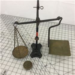 GURNEY POSTAL SCALE W/WEIGHTS 'ANTIQUE' (CANADA POST BRASS & CAST)