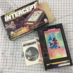 VINTAGE ELECTRONIC INTERCEPT GAME WITH BOX