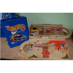 HOTWHEELS CASE AND CARS & TOY GARAGE