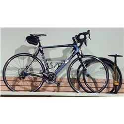 CANONDALE ROAD BIKE