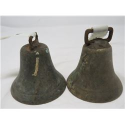 SET OF 2 BELLS (BRASS) (I HAS NO RINGER)