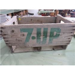 WOODEN POP CRATE (7-UP)