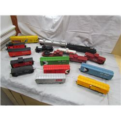 LOT OF 17 ASSORTED (TRAIN CARS)