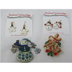 LOT OF 4 'CHRISTMAS' COSTUME JEWELRY (EARRINGS & BROOCHES)
