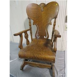 WOODEN ROCKING CHAIR (BOSTON, QUARTER CUT OAK) *SPRING COIL ROCKER, WHEELS ON FRONT)