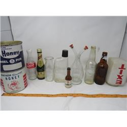 LOT OF ASSORTED GLASS AND TINS (PIC A POP, COCA COLA, MILK CONTAINER ETC...)