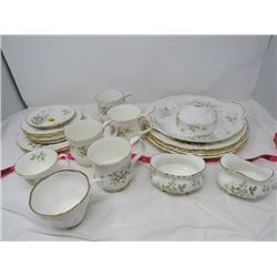 LOT OF 23 ASSORTED DISHES (ROYAL ALBERT BONE CHINA) *HAWORTH*