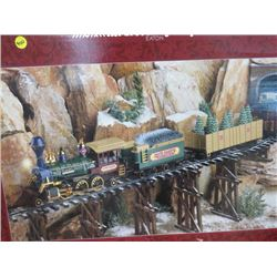 TRAIN SET DISPLAY- NORTH COUNTRY EXPRESS EATONS