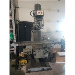 TOS Milling Machine with integrated Feed on All Axe 550v