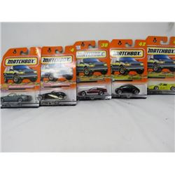 LOT OF 5 MATCHBOX TOYS (MERCEDES, PLYMOUTH, CORVETTE, ETC…) *N.O.S.*