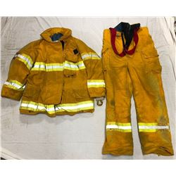 FIRE GEAR JACKET AND PANTS (SIZE XL)