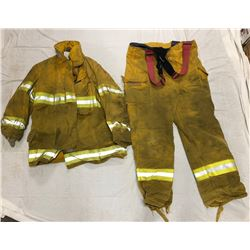 FIRE GEAR JACKET AND PANTS (SIZE LARGE)