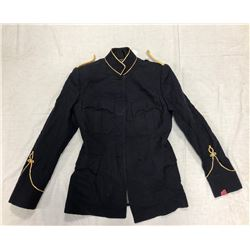 WOMENS PARADE COAT (SIZE MEDIUM)