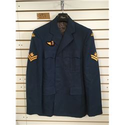 HEAVY WEIGHT AIR FORCE COAT (MEN'S XLARGE) *MASTER CORPORAL INSIGNIA*